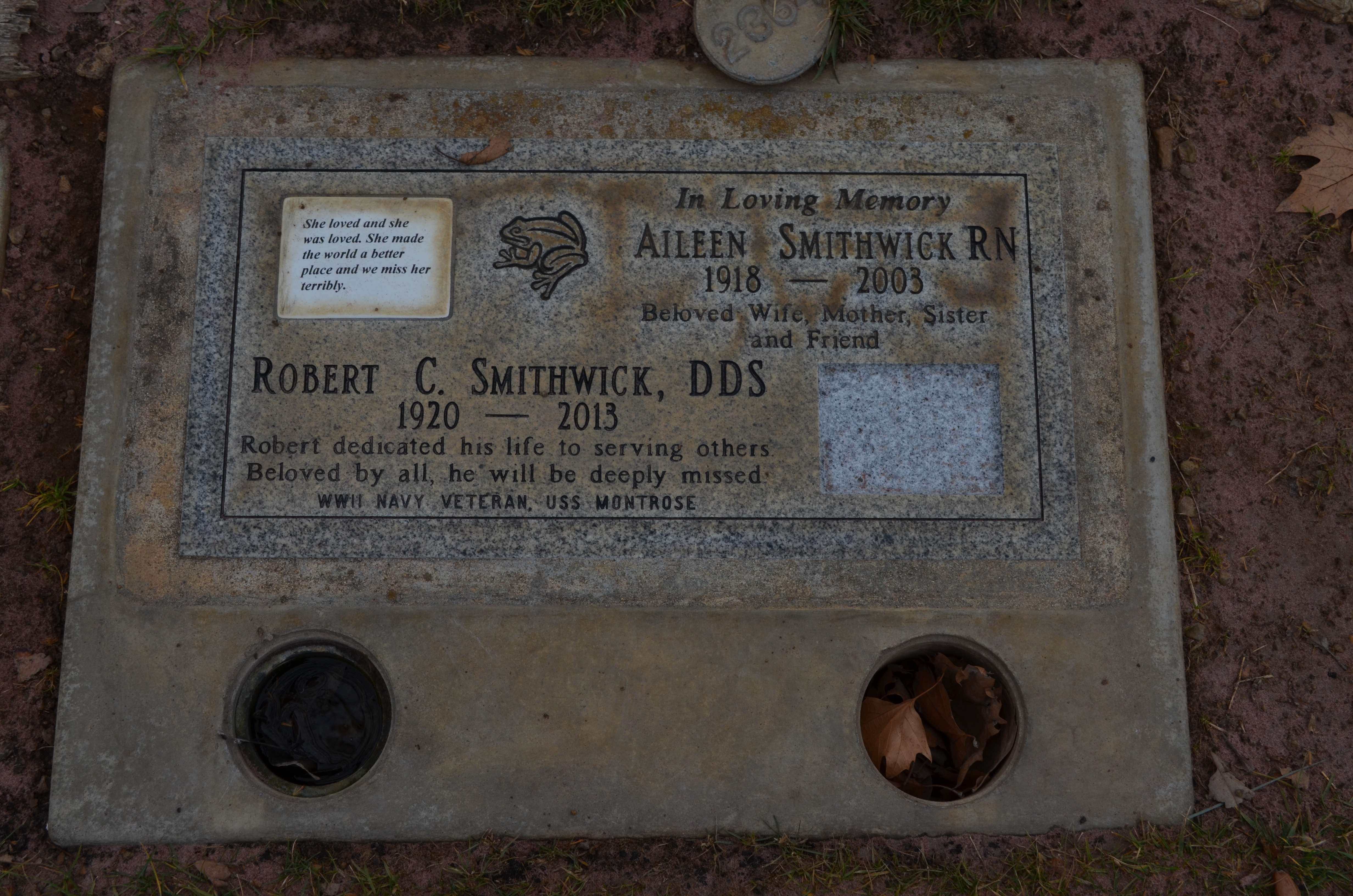 Dr. Robert C. and Aileen Lois (Russell) Smithwick - gravestone